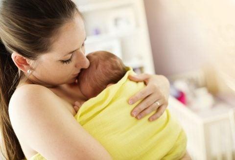 赤ちゃん 縦抱き