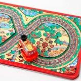 要出典 ブリキのおもちゃ 遊園地を走るブリキの汽車 八の字レール付き