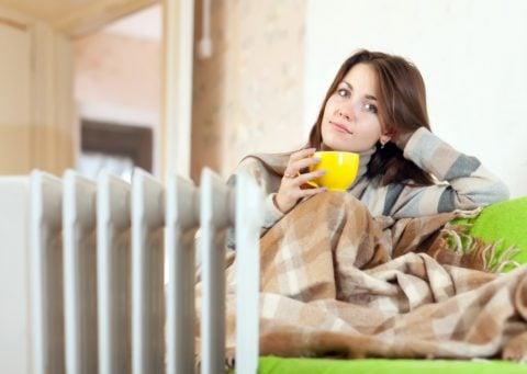 オイルヒーター 暖房 暖かい 飲み物 寒い 女性 ママ 冬