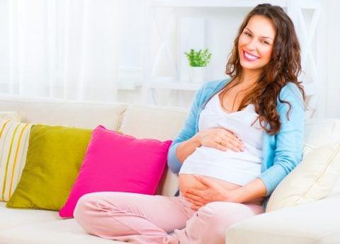 妊婦 笑顔 リラックス