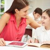 中学生 親子 ママ 母娘 女の子 勉強 宿題 小学生