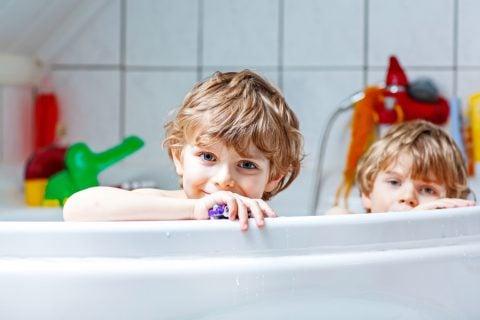 お風呂 男の子 おもちゃ 入浴 兄弟