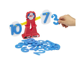 要出典 数字のおもちゃ ピエロのびっくりはかり