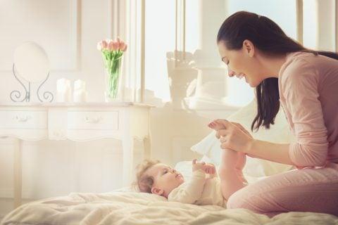 赤ちゃん ママ 親子 手遊び