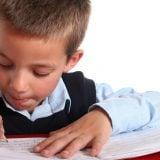男の子 小学生 ノート 勉強 宿題 書き取り