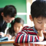 日本人 小学校 授業 勉強