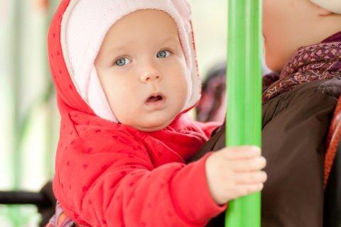 赤ちゃん バス ママ