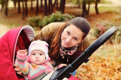 ベビーカー 赤ちゃん ママ