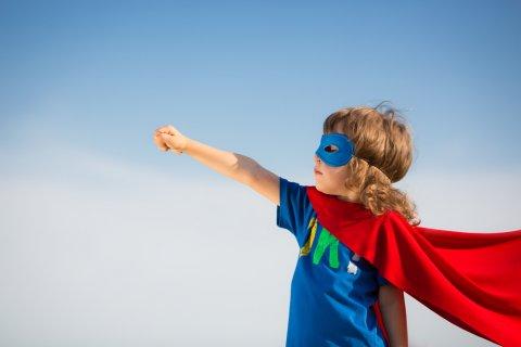 女の子 スーパーマン 強い 凛々しい