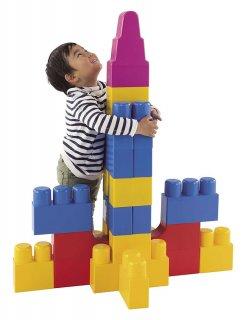 要出典 1歳の誕生日男 1歳には全身でブロック ネオ