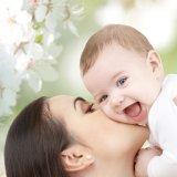 赤ちゃん ママ 桜 春