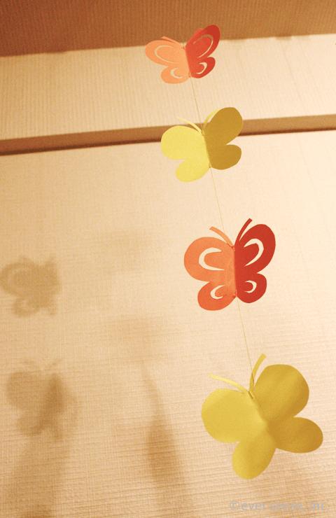 蝶のモビール