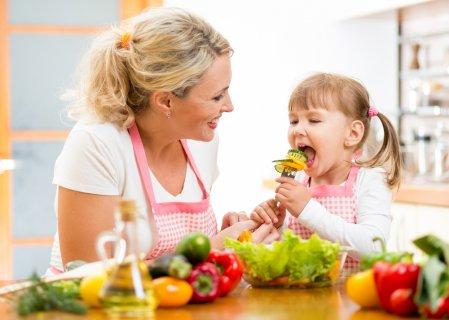 子供 野菜 親子 ママ
