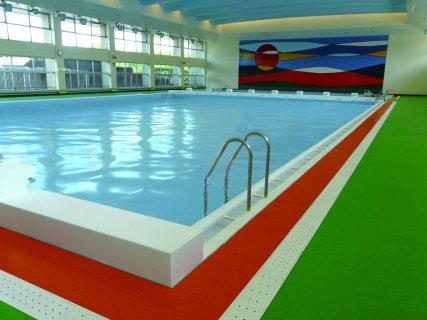 要出典 鹿児島県のプール 鴨池公園水泳プール(鹿児島県鹿児島市)
