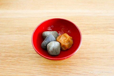 お食い初め 梅干し 歯固め石