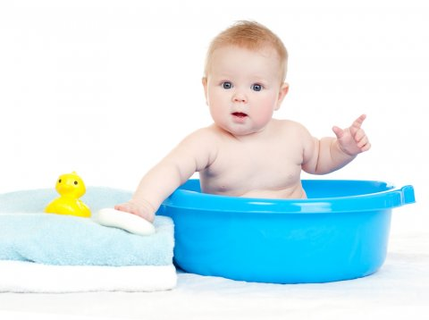 ベビーバス 代用 バケツ 赤ちゃん