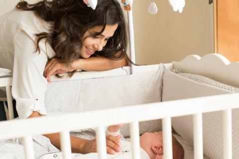 赤ちゃん ママ ベビーベッド