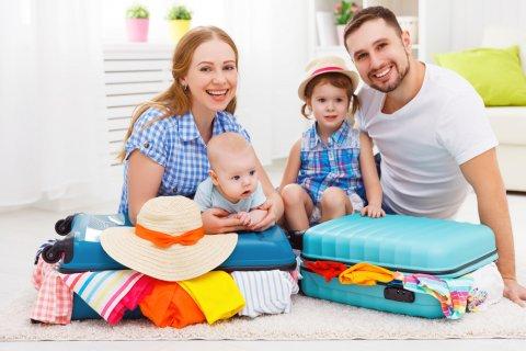 赤ちゃん 海外 旅行 家族 子供 パパ ママ