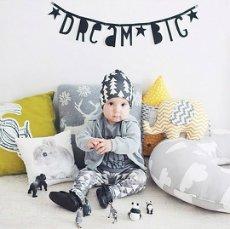 要出典 3歳の男の子への誕生日プレゼント A little lovely company DIY Letter ガーランド