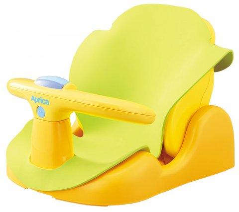 要出典 育児の便利グッズ アップリカ はじめてのお風呂から使えるバスチェア