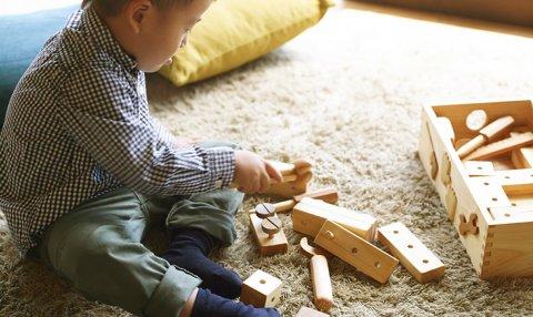 要出典 2歳 男の子 誕生日 プレゼント 木のおもちゃ ちいさな大工道具セット