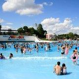 要出典 練馬区プール 水と緑の遊園地 としまえん プール(東京都練馬区)