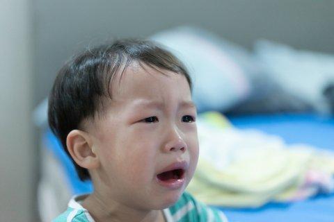 日本人 子供 夜泣き 泣く 男の子