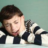 男の子 歯 痛い 顎