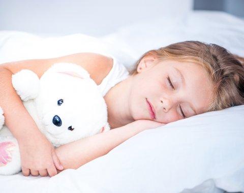 子供 寝る 睡眠 夜 昼寝