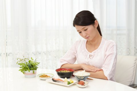 つわり 日本人 食欲