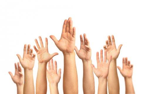 挙手 手 返事