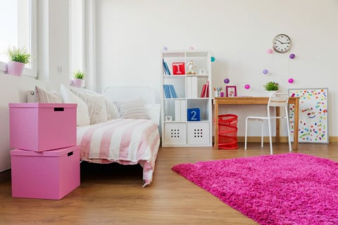 子供部屋 時計 女の子 ベッド ラグ