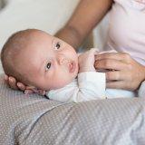 赤ちゃん 授乳 授乳枕