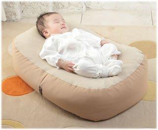 要出典 授乳クッション Cカーブ授乳ベッド おやすみたまご