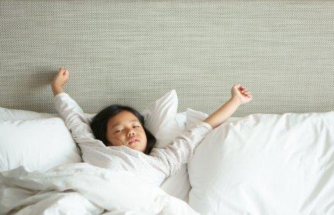日本人 子供 眠い