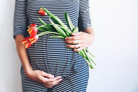 妊婦 ワンピース おしゃれ お腹 花
