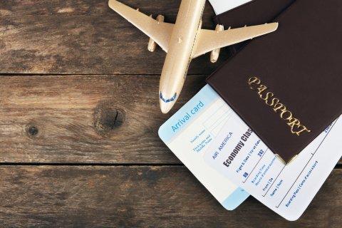 飛行機 パスポート チケット