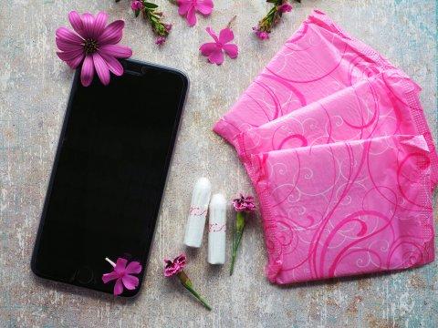 生理 スマホ 携帯 アプリ