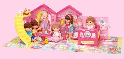 要出典 メルちゃん人形 パイロットインキ メルちゃん おせわパーツ かいだんつきの♡みんなあつまれ! なかよしハウス