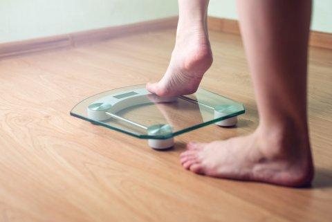 体重計 女性