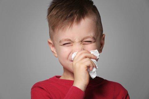 子供 咳 鼻水 くしゃみ 風邪