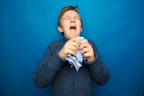 くしゃみ 咳 鼻水 風邪 子供
