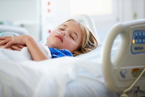 子供 入院 病院