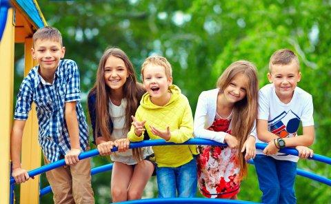 子供 学校 遊び 公園