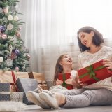 クリスマス 母子 親子 プレゼント ツリー