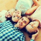 家族 4人 ファミリー