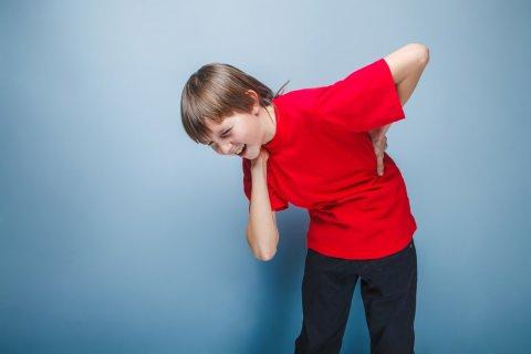 子供 腰痛 腰が痛い