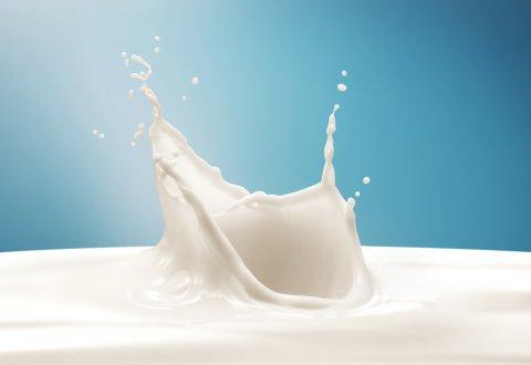 液体ミルク 王冠