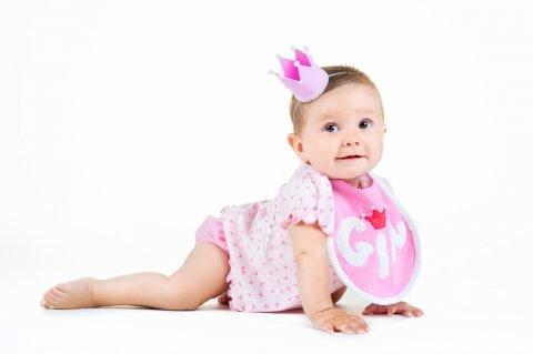 女の子 赤ちゃん スタイ 王冠 ティアラ はいはい