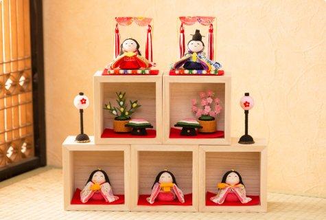 要出典 雛人形 ミニ  龍虎堂 箱段お飾りセット 雛人形ミニ
